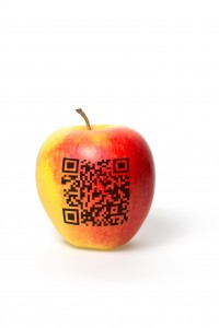 apple with qr code